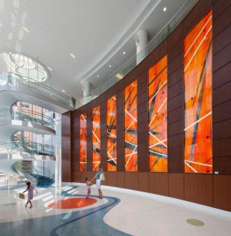 AL-hospital-mouth-blown-glass-wall-1